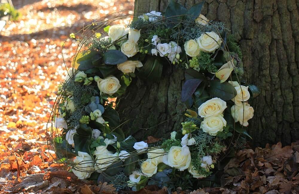 Blumen & Pflanzen - trauerbinderei-1000x650